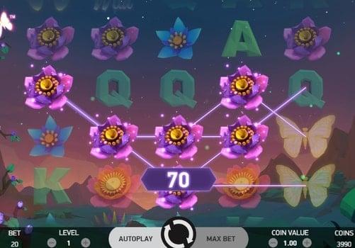 Выигрышная комбинация символов в автомате Butterfly Staxx