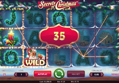 Призовая комбинация символов в игровом автомате Secrets of Christmas